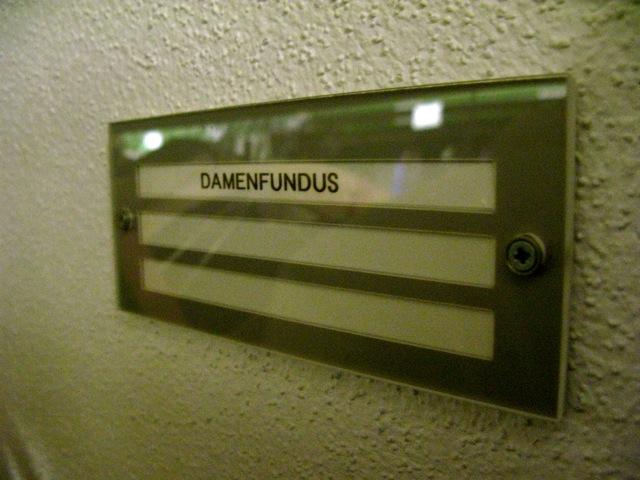 Der Damenfundus in Stockwerk 3.2 (Foto: M. Kaiser)